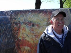 man go Van Gogh