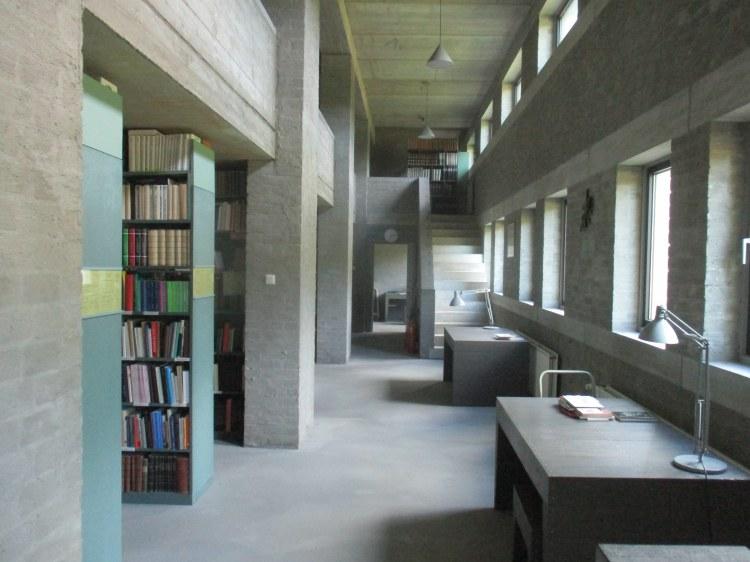 Vaals library