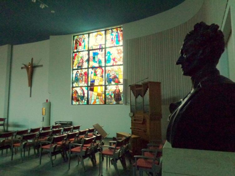 Pater Eymard looks on