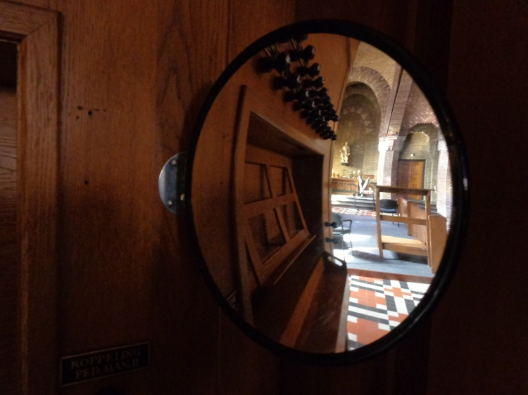 what the organist sees